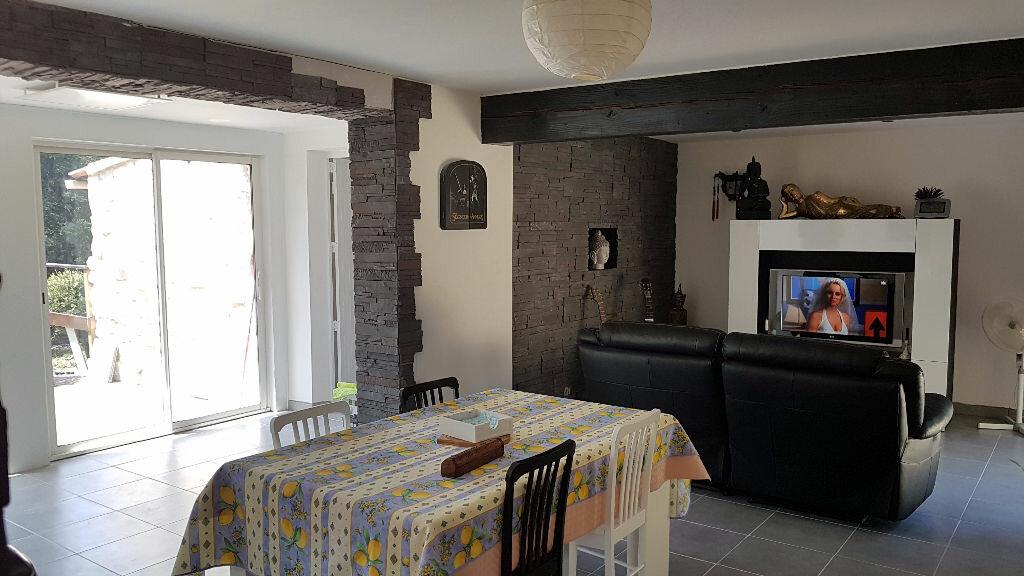 Achat Maison 4 pièces à Orgnac-l'Aven - vignette-3