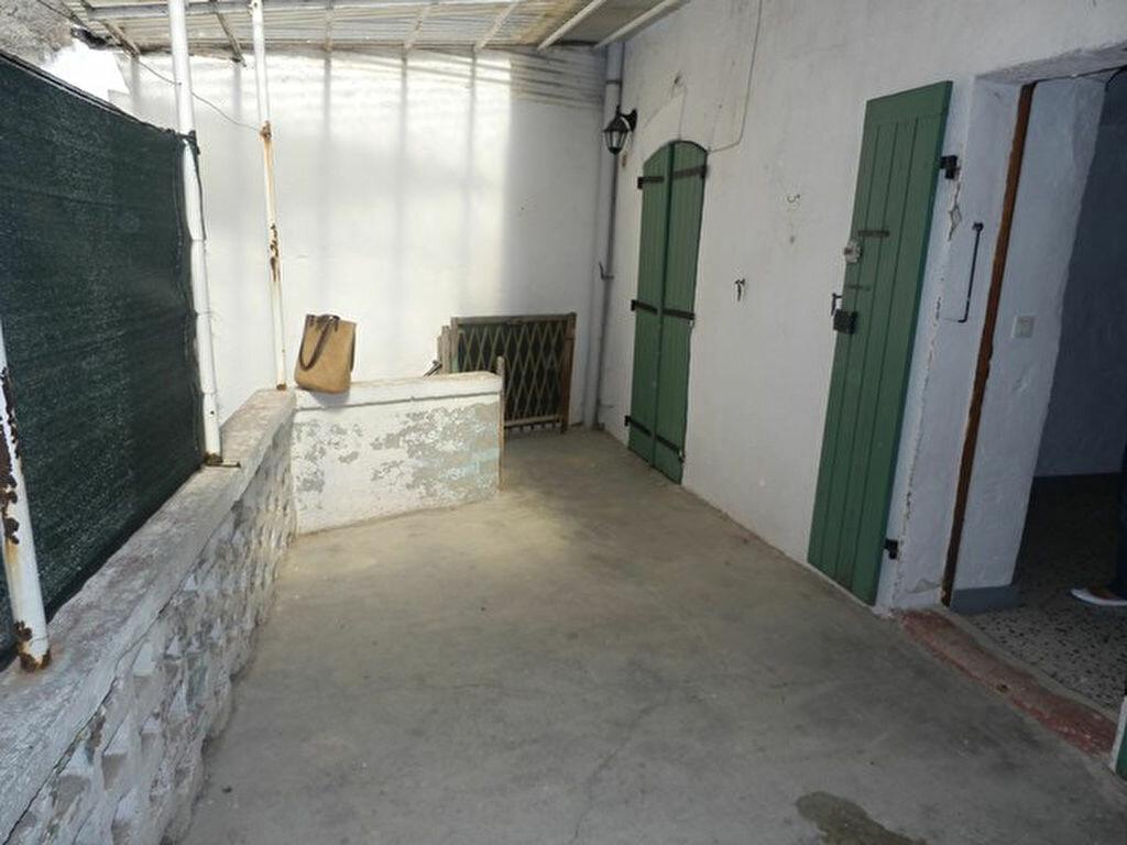 Achat Maison 4 pièces à Saint-Victor-de-Malcap - vignette-1