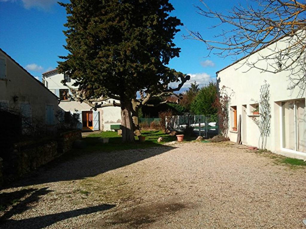 Achat Maison 14 pièces à Saint-Denis - vignette-1