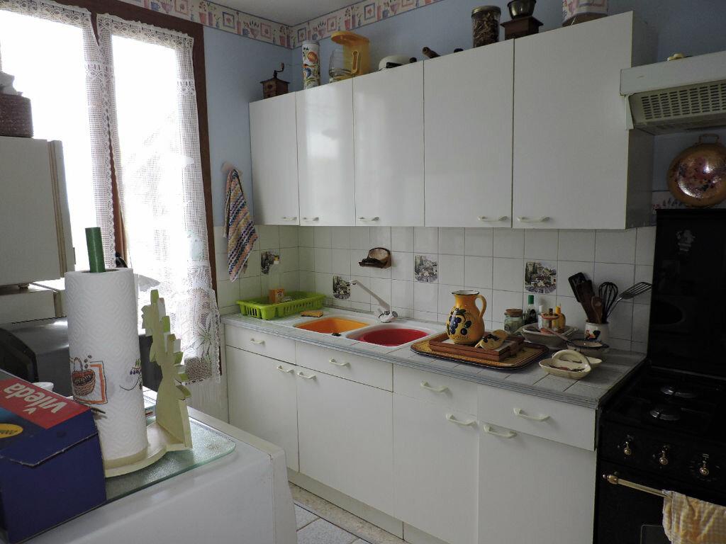 Achat Appartement 4 pièces à Méjannes-le-Clap - vignette-3