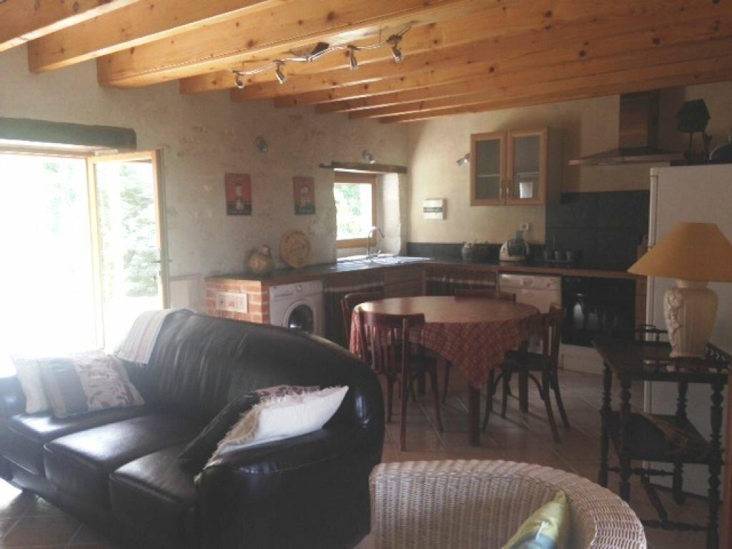 Achat Maison 7 pièces à Saint-Amand-Montrond - vignette-4