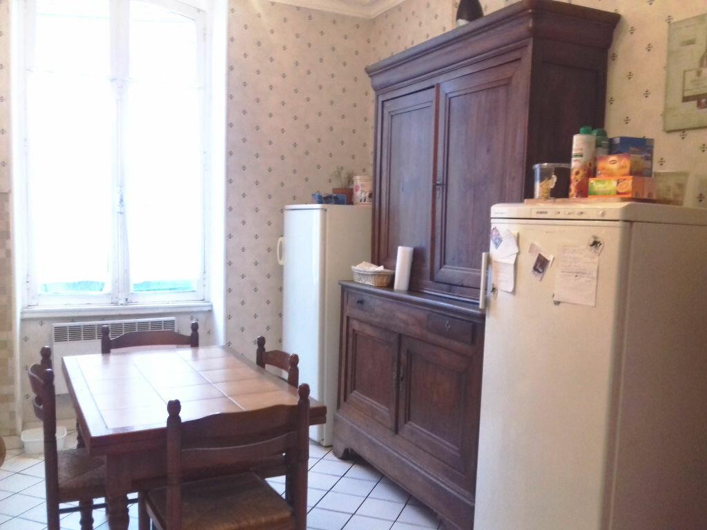 Achat Maison 7 pièces à Villefranche-d'Allier - vignette-4