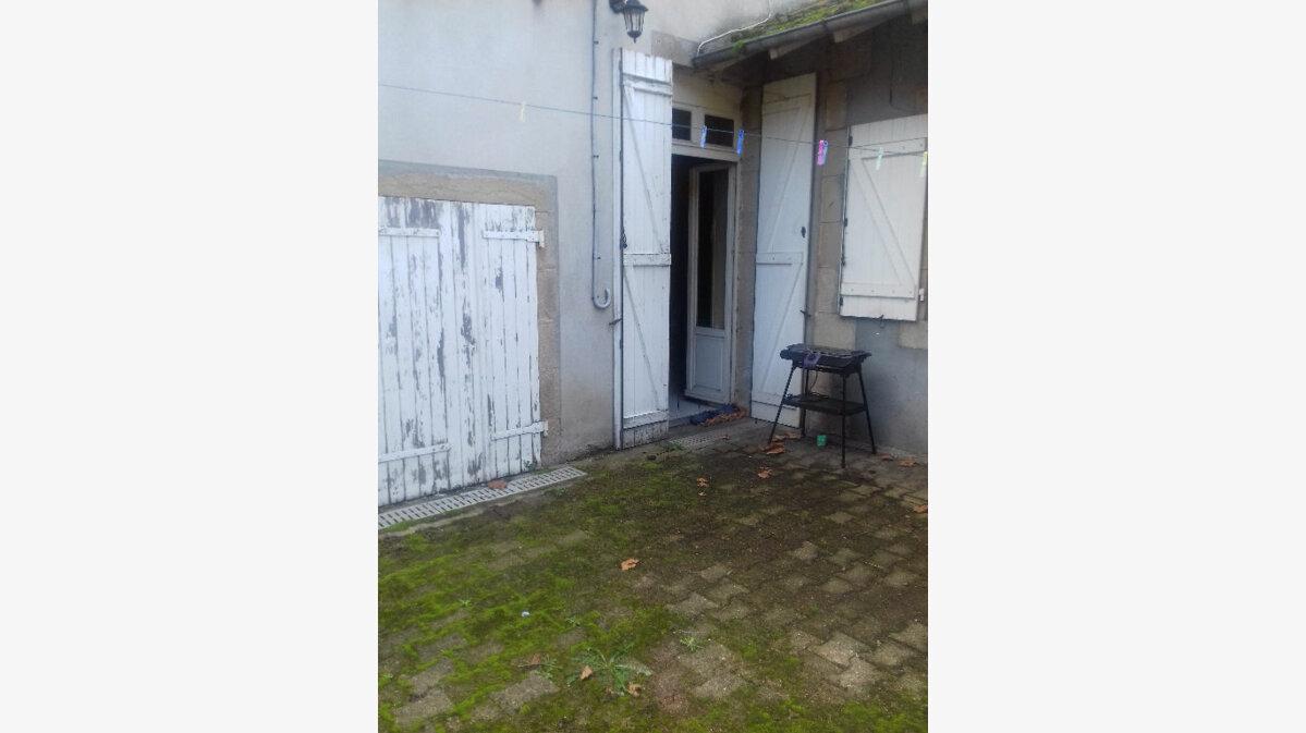Achat Maison 7 pièces à Villefranche-d'Allier - vignette-12