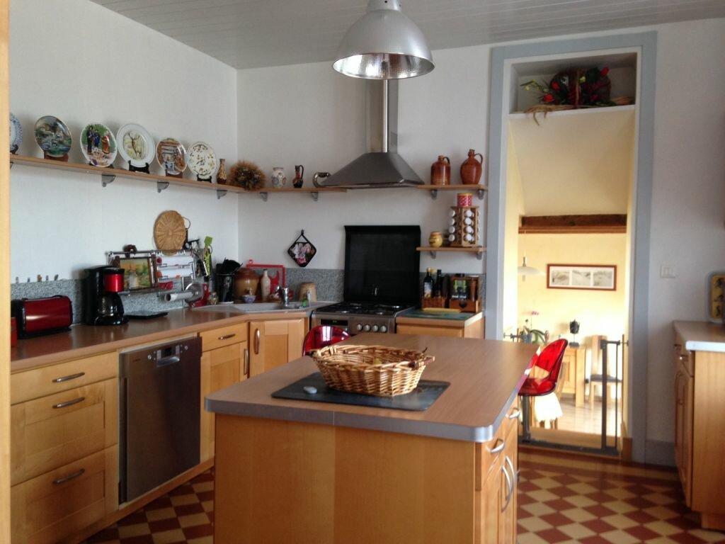 Achat Maison 6 pièces à Vallon-en-Sully - vignette-6