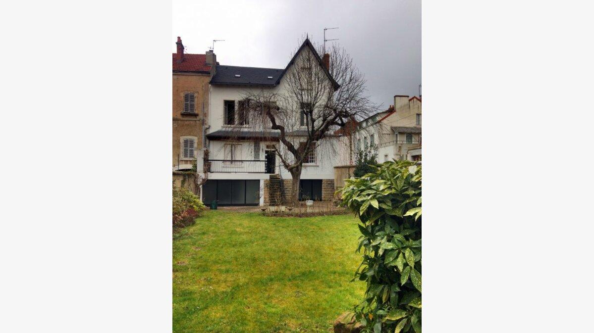 Achat Maison 8 pièces à Montluçon - vignette-1