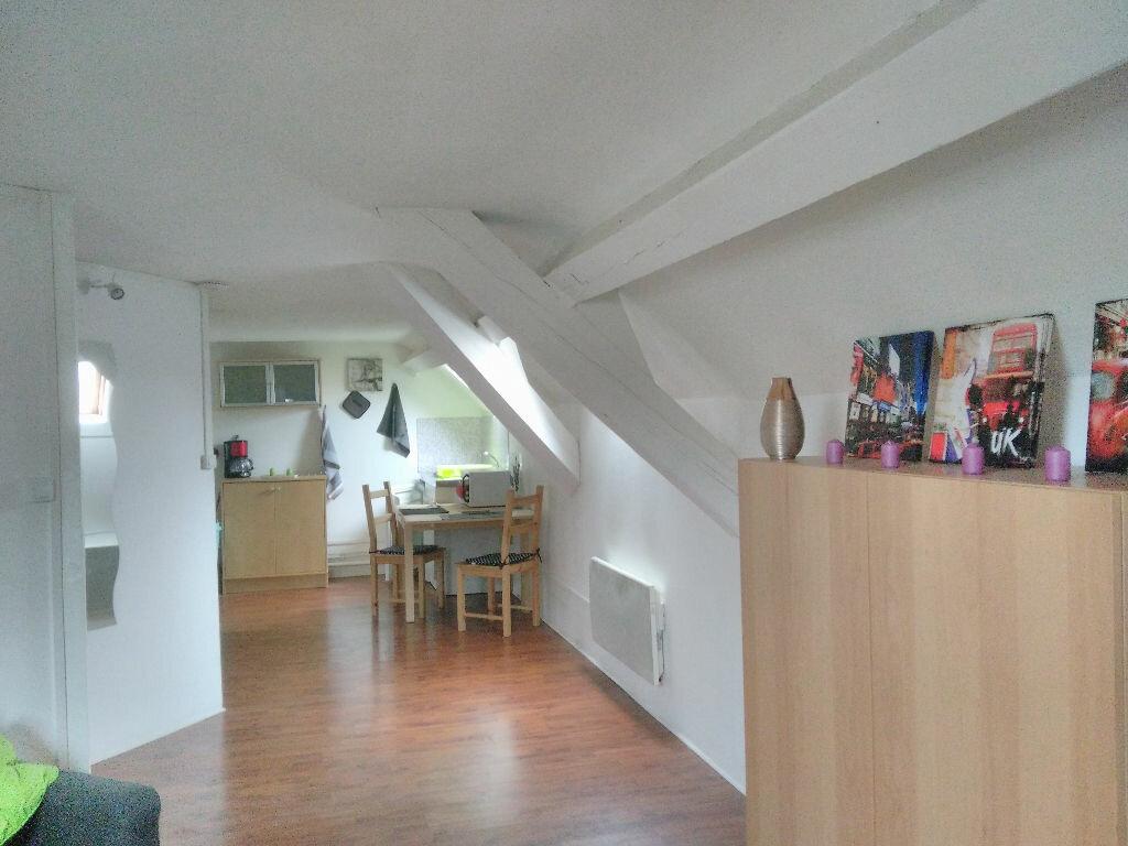 Location Appartement 2 pièces à Vichy - vignette-1