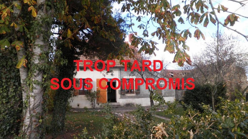 Achat Maison 3 pièces à Chirat-l'Église - vignette-1