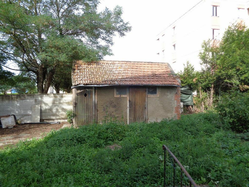Achat Maison 3 pièces à Montmarault - vignette-13