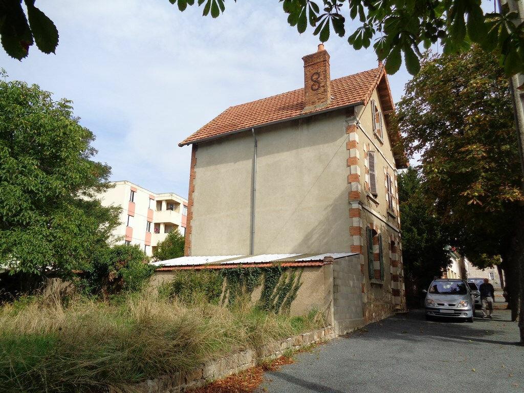 Achat Maison 3 pièces à Montmarault - vignette-16