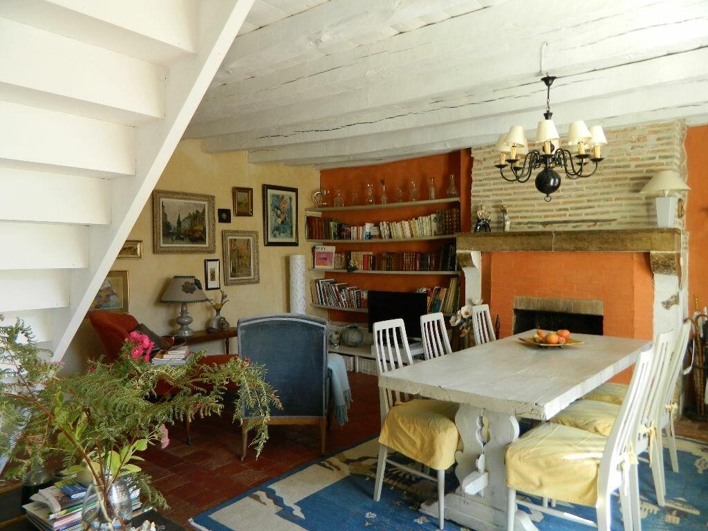 Achat Maison 6 pièces à Saint-Amand-Montrond - vignette-3