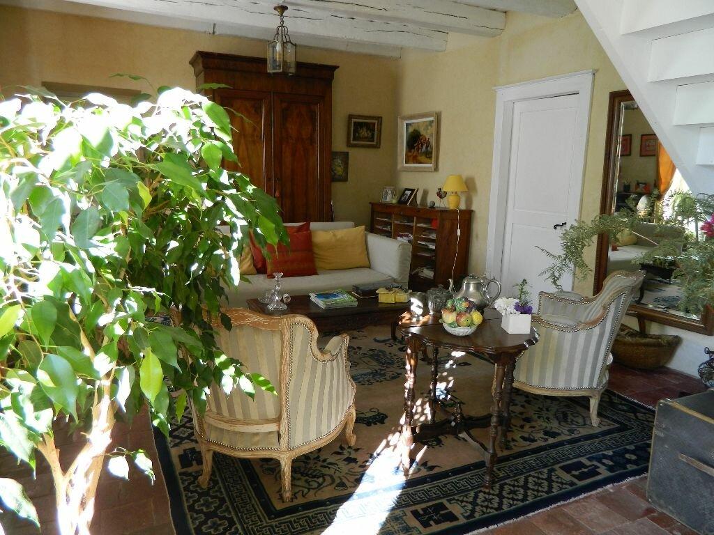 Achat Maison 6 pièces à Saint-Amand-Montrond - vignette-6