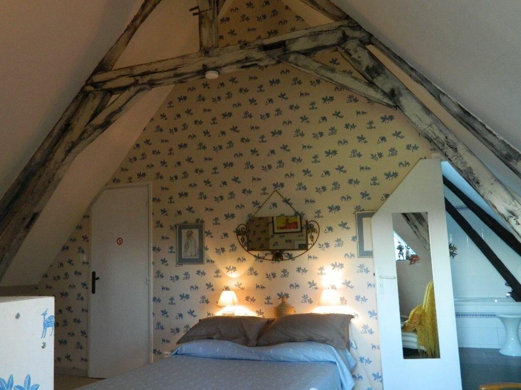 Achat Maison 6 pièces à Saint-Amand-Montrond - vignette-8