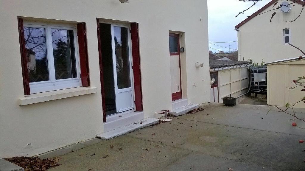 Achat Maison 6 pièces à Néris-les-Bains - vignette-2