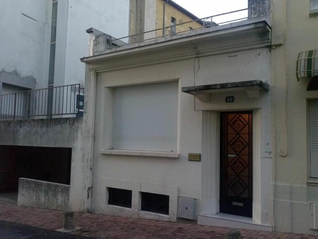 Achat Maison 4 pièces à Néris-les-Bains - vignette-5
