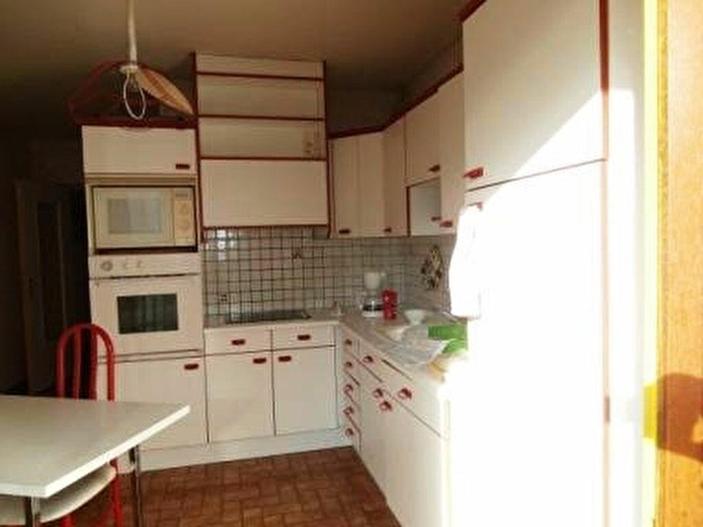 Achat Appartement 4 pièces à Montluçon - vignette-1