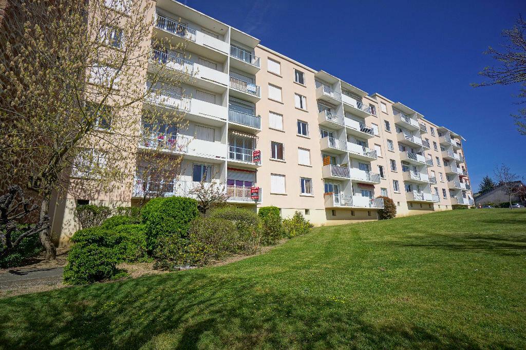 Achat Appartement 3 pièces à Montluçon - vignette-7