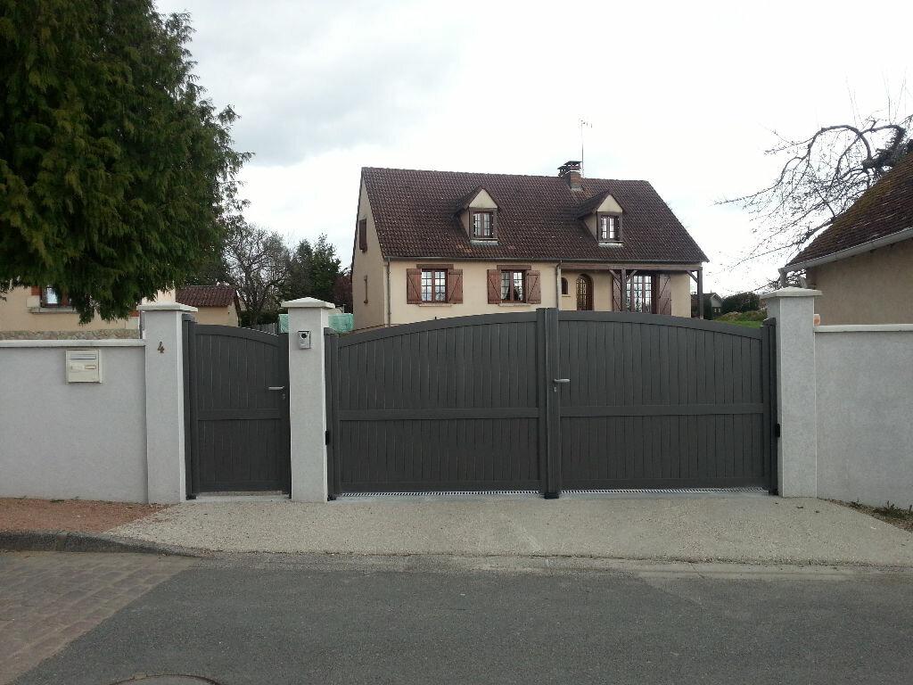 Achat Maison 9 pièces à Cosne-d'Allier - vignette-1