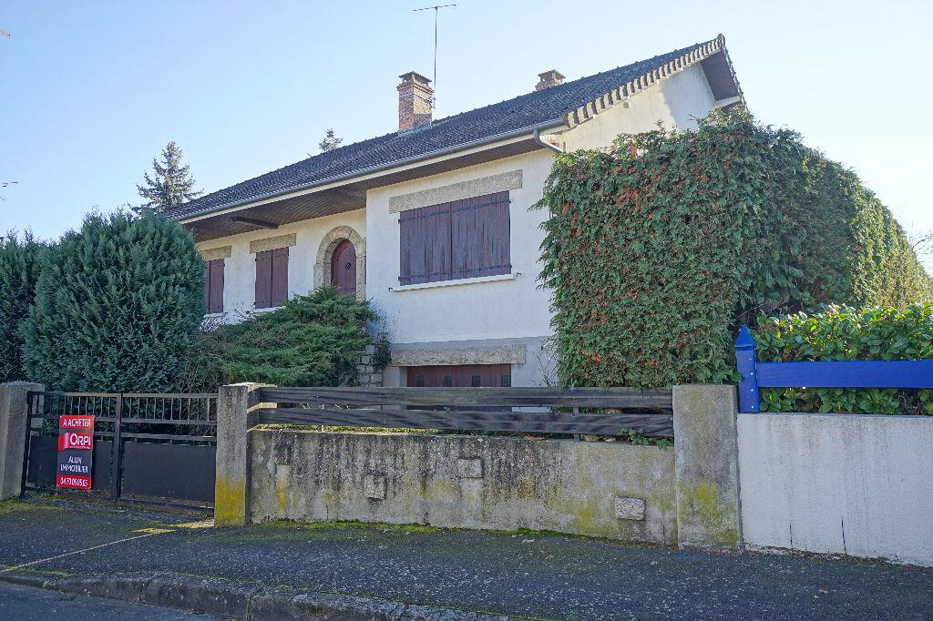 Achat Maison 4 pièces à Montluçon - vignette-1