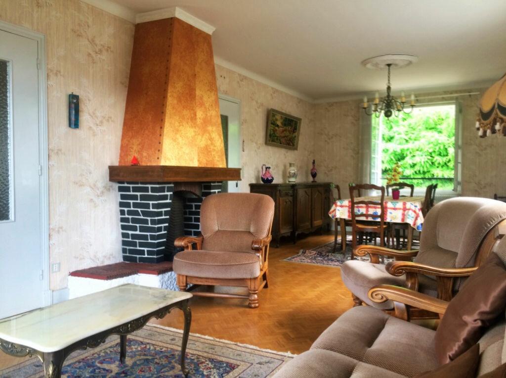 Achat Maison 4 pièces à Hérisson - vignette-2