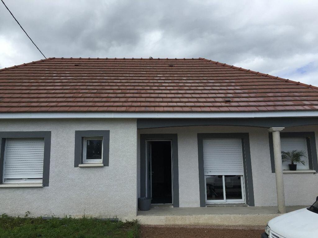 Achat Maison 6 pièces à Durdat-Larequille - vignette-1