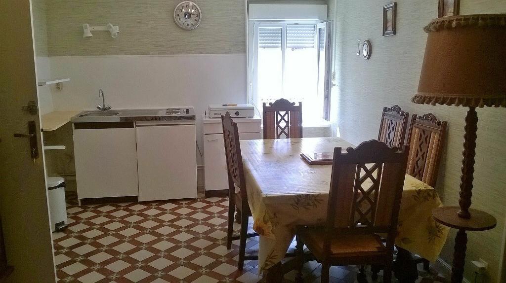 Achat Appartement 2 pièces à Néris-les-Bains - vignette-2