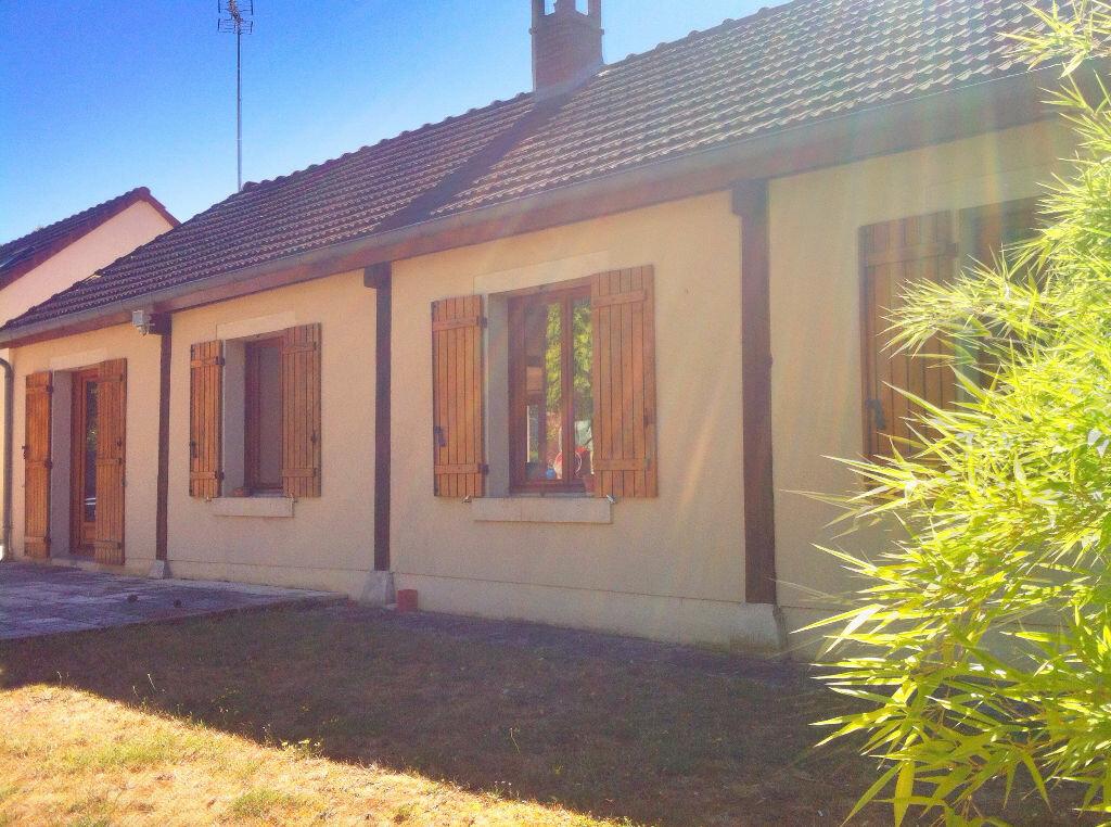 Achat Maison 6 pièces à Dun-sur-Auron - vignette-1