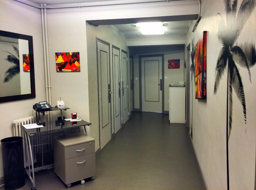 Achat Appartement 6 pièces à Montluçon - vignette-4