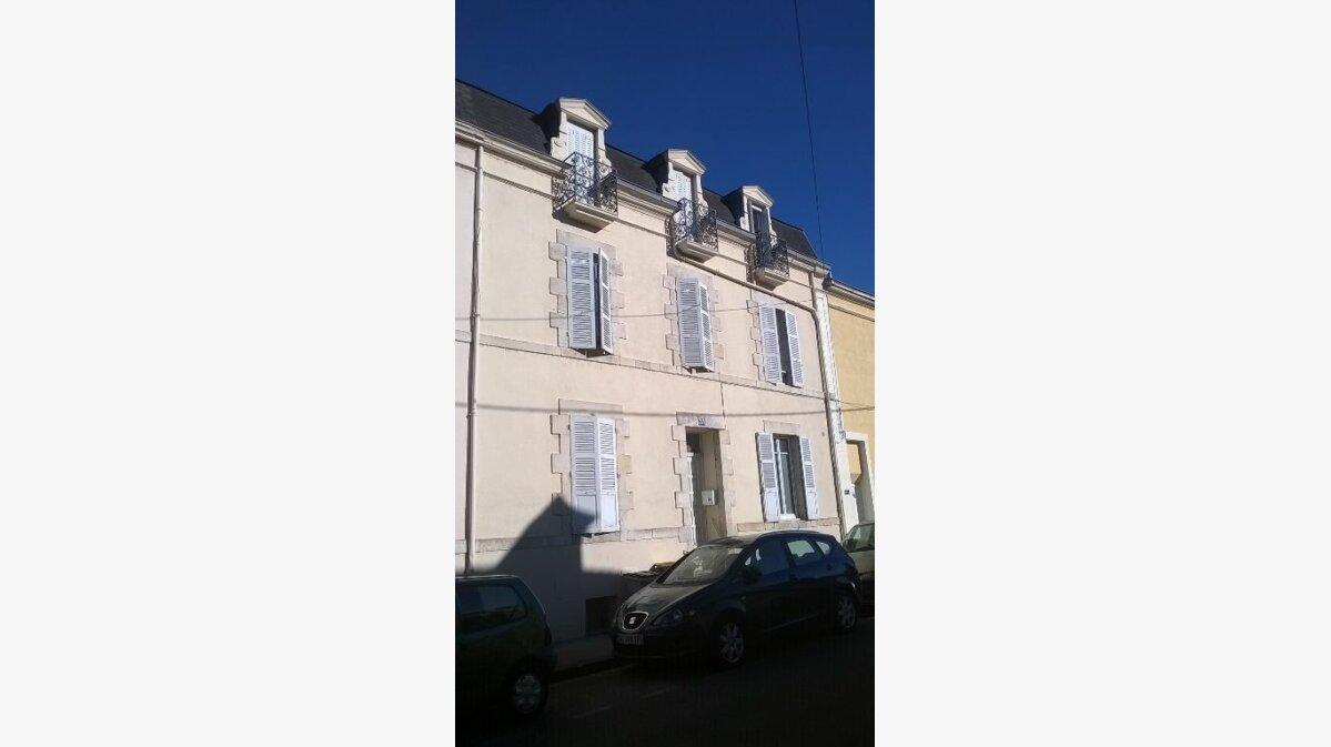 Achat Maison 9 pièces à Montluçon - vignette-2