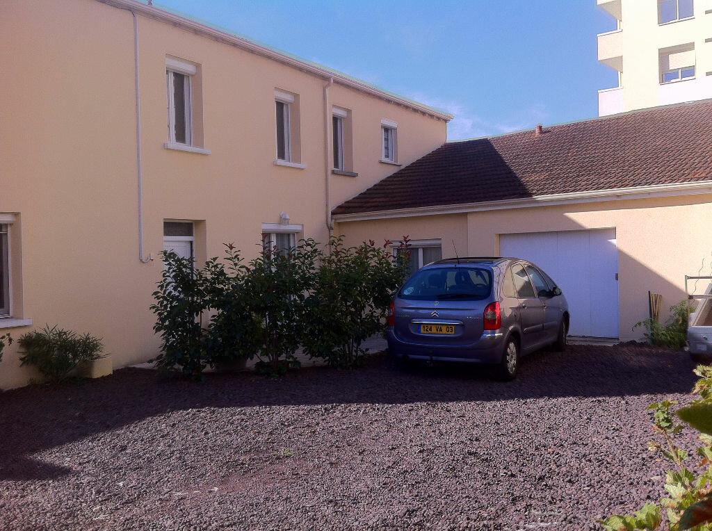 Achat Maison 4 pièces à Montluçon - vignette-4