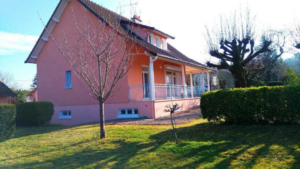 Achat Maison 8 pièces à Saint-Amand-Montrond - vignette-2