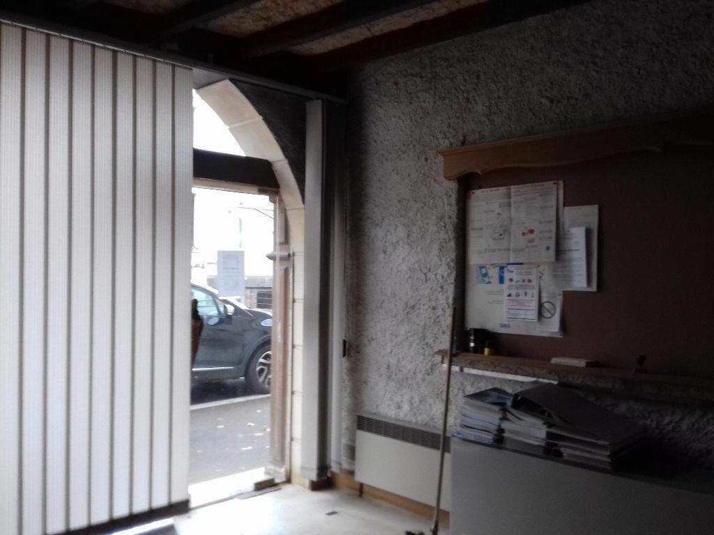 Achat Immeuble  à Commentry - vignette-6