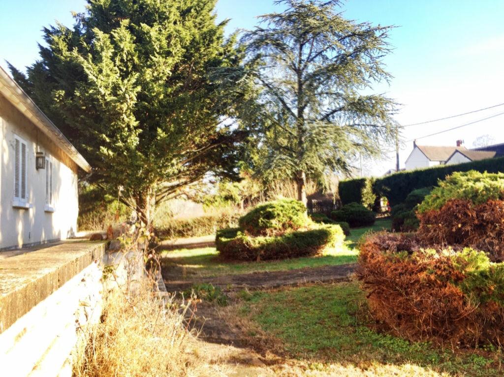Achat Maison 5 pièces à Ainay-le-Château - vignette-2