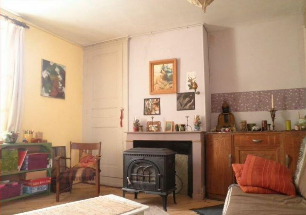 Achat Maison 5 pièces à Cosne-d'Allier - vignette-2