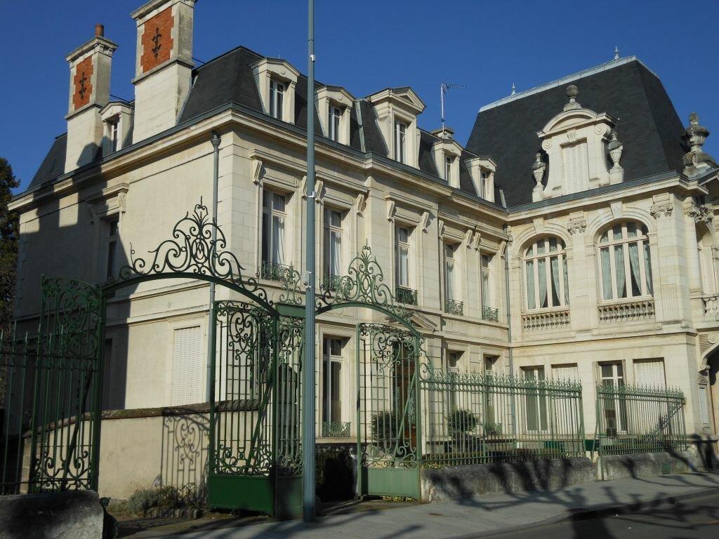 Achat Maison 9 pièces à Montluçon - vignette-1