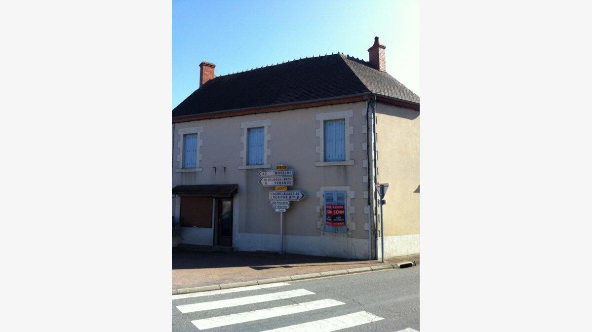 Achat Maison 8 pièces à Louroux-Bourbonnais - vignette-1