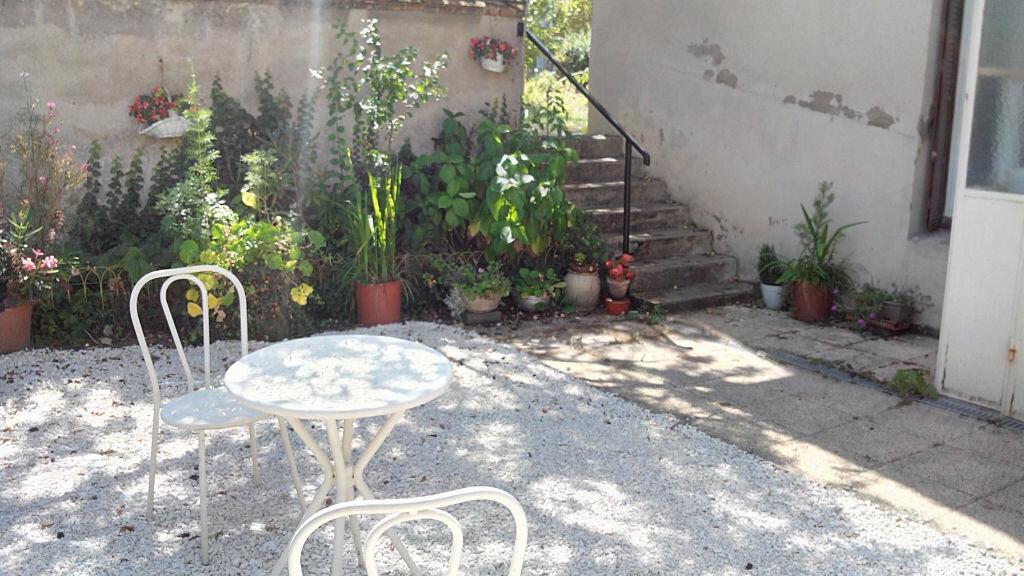 Achat Maison 4 pièces à Montmarault - vignette-6