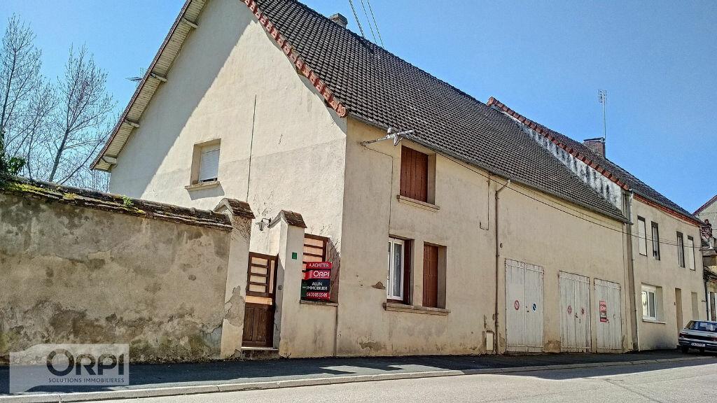 Achat Maison 4 pièces à Montmarault - vignette-18