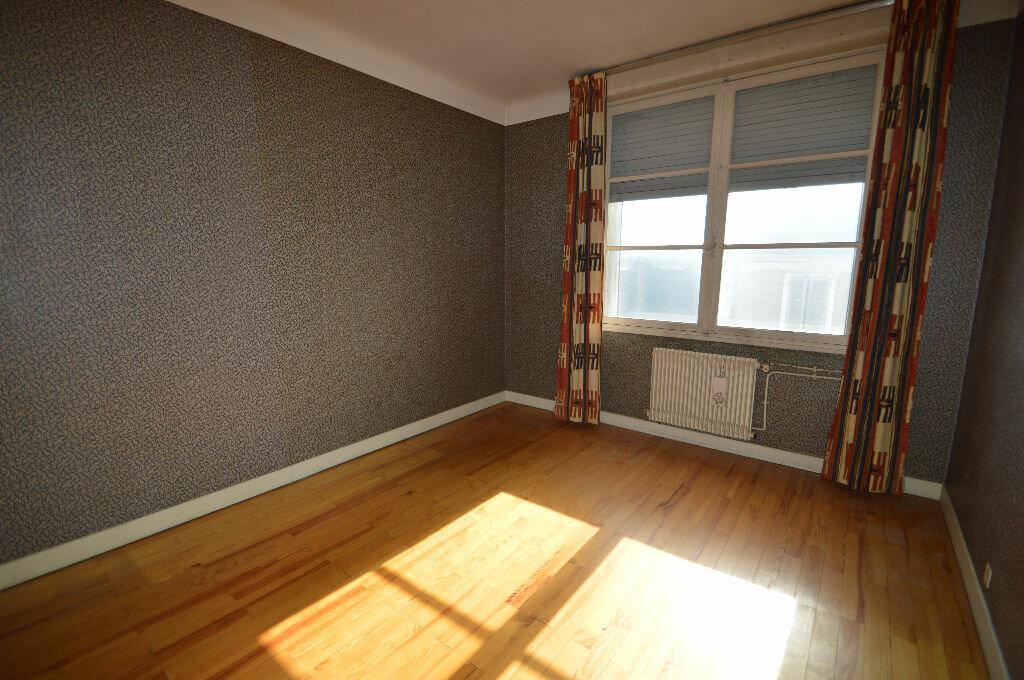 Achat Appartement 6 pièces à Pau - vignette-3
