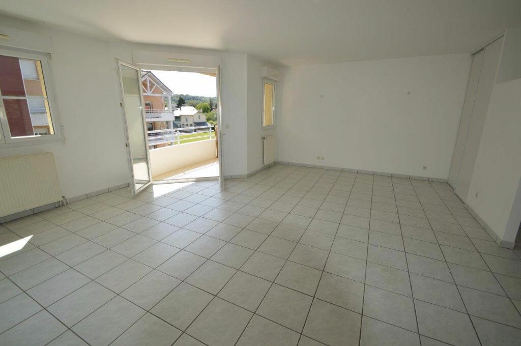Achat Appartement 3 pièces à Gelos - vignette-1
