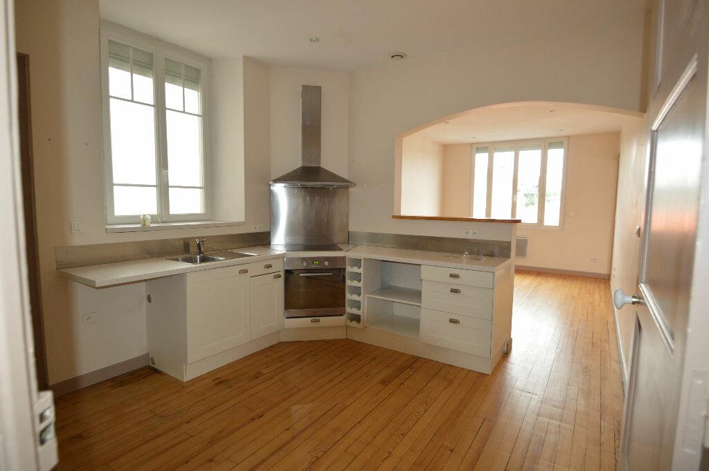 Location Appartement 3 pièces à Billère - vignette-1