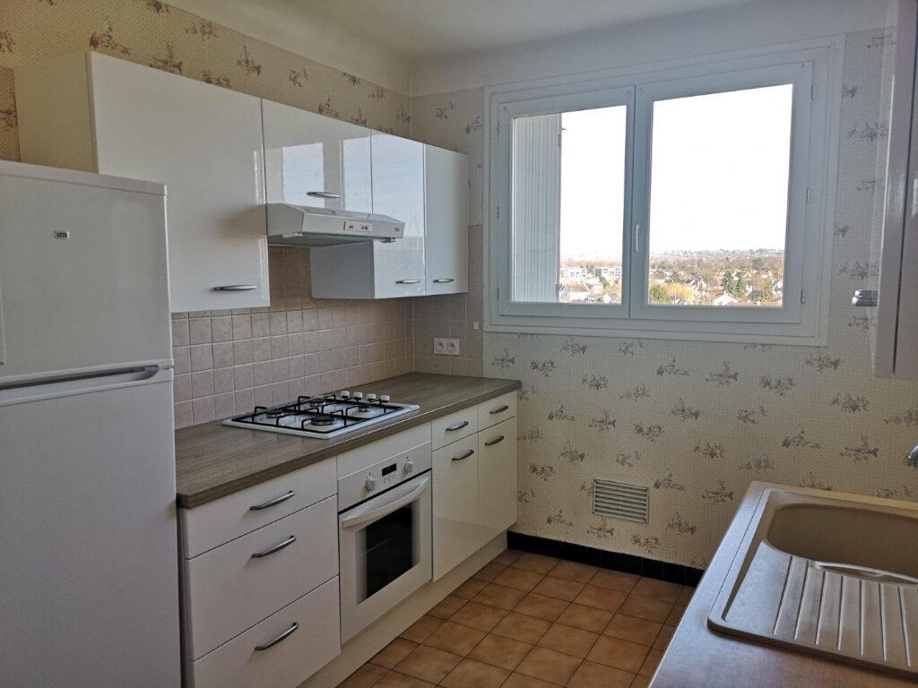 Location Appartement 3 pièces à Pau - vignette-4