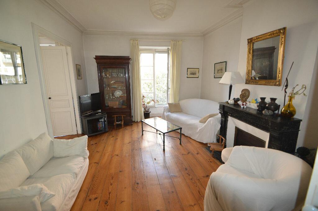 Achat Appartement 5 pièces à Pau - vignette-1