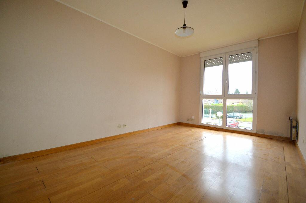 Location Appartement 1 pièce à Lons - vignette-1