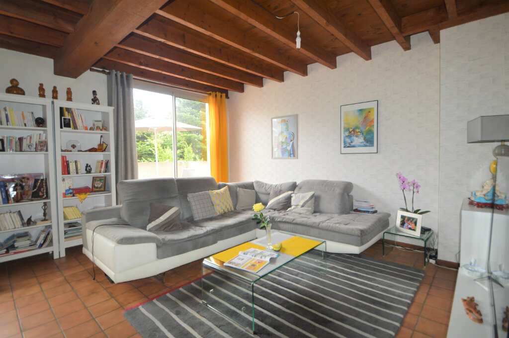 Location Appartement 4 pièces à Pau - vignette-3