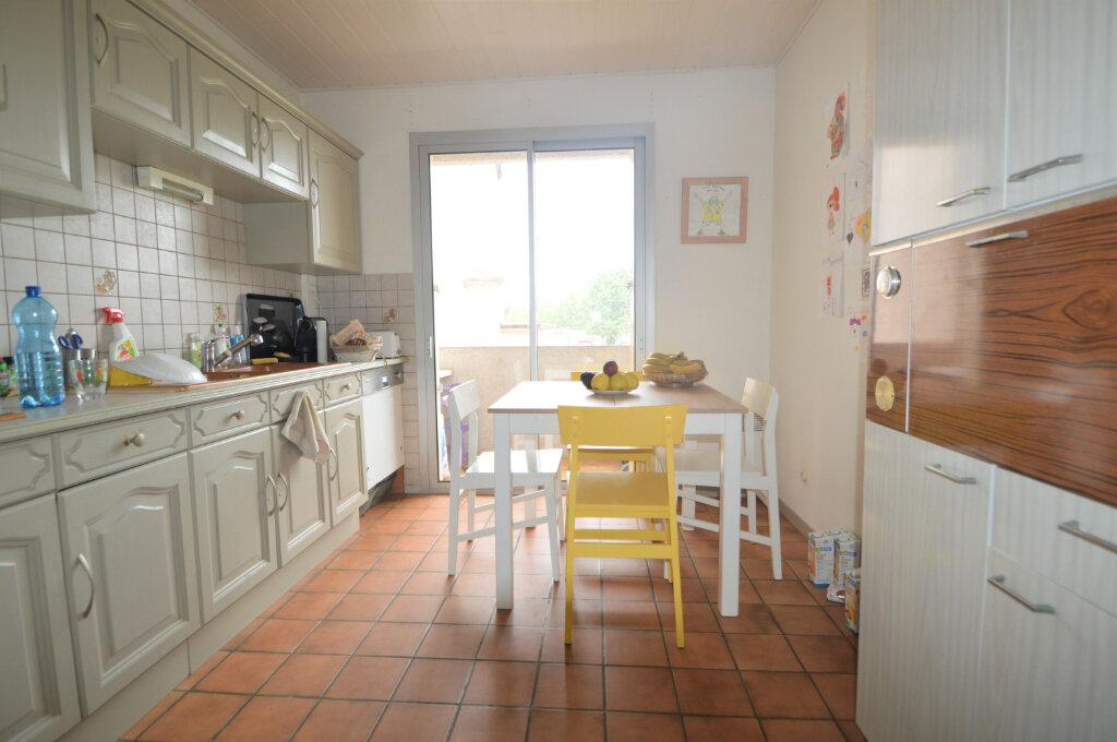 Location Appartement 4 pièces à Pau - vignette-4