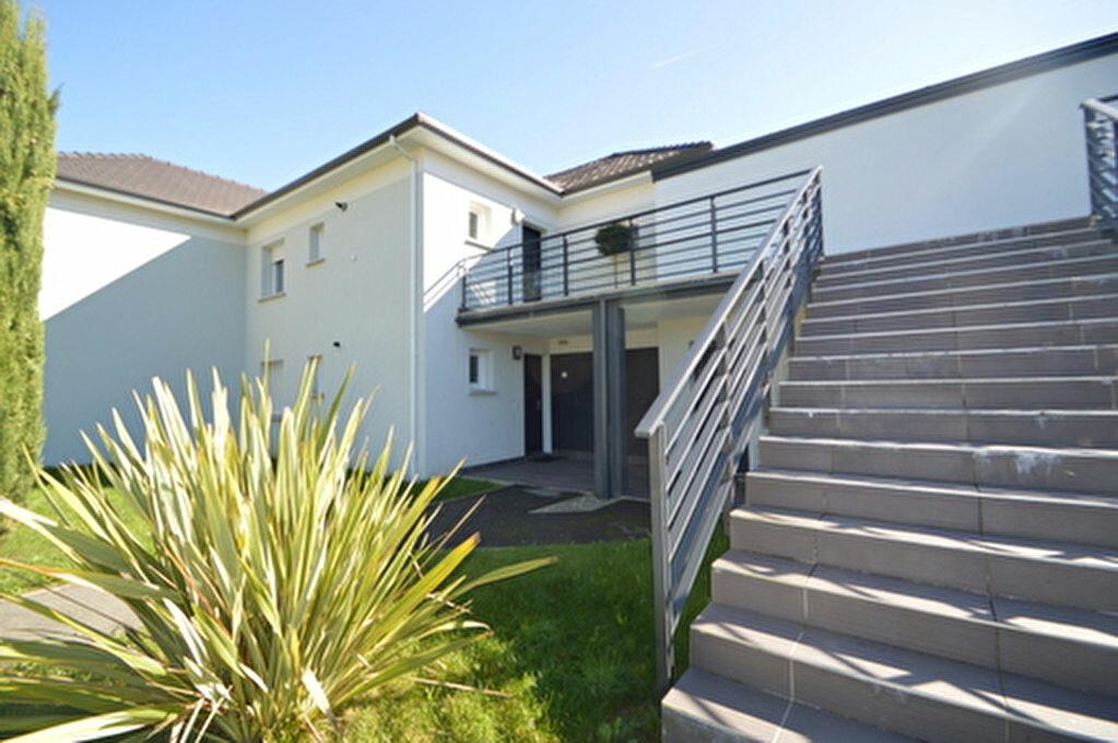 Location Appartement 4 pièces à Rontignon - vignette-6
