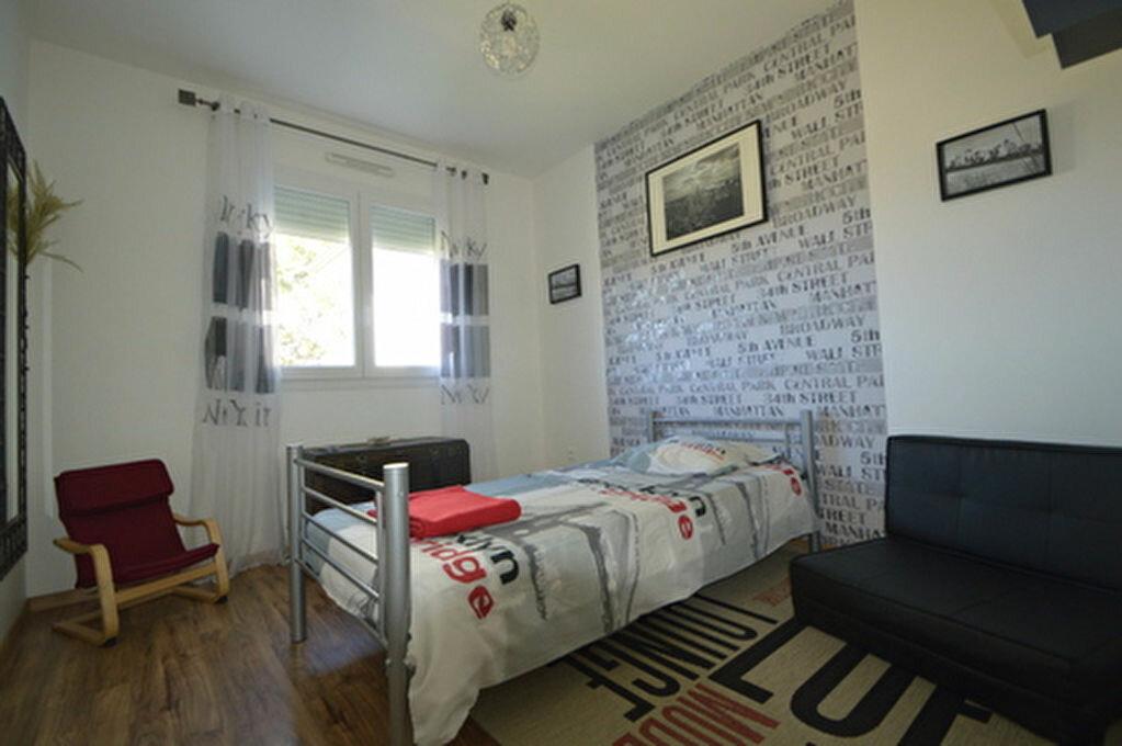 Location Appartement 4 pièces à Rontignon - vignette-8