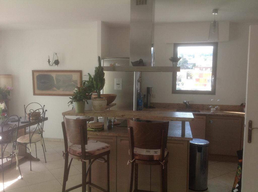 Achat Appartement 4 pièces à La Ciotat - vignette-4