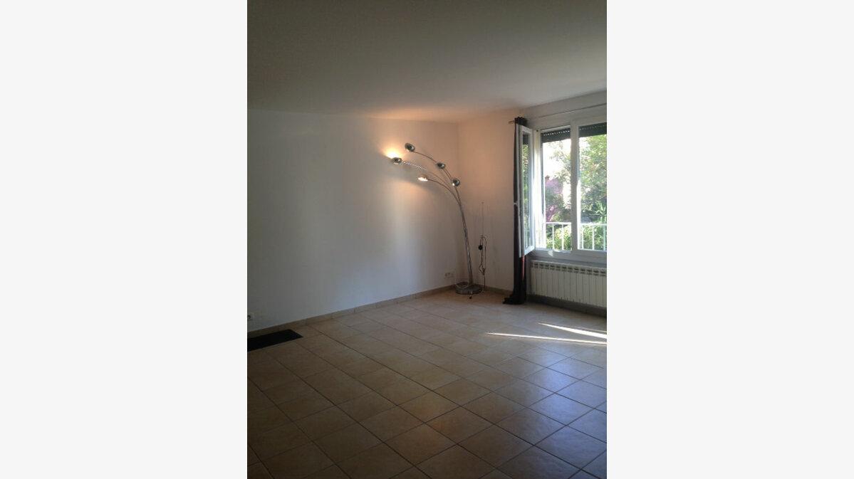 Achat Appartement 4 pièces à La Ciotat - vignette-2