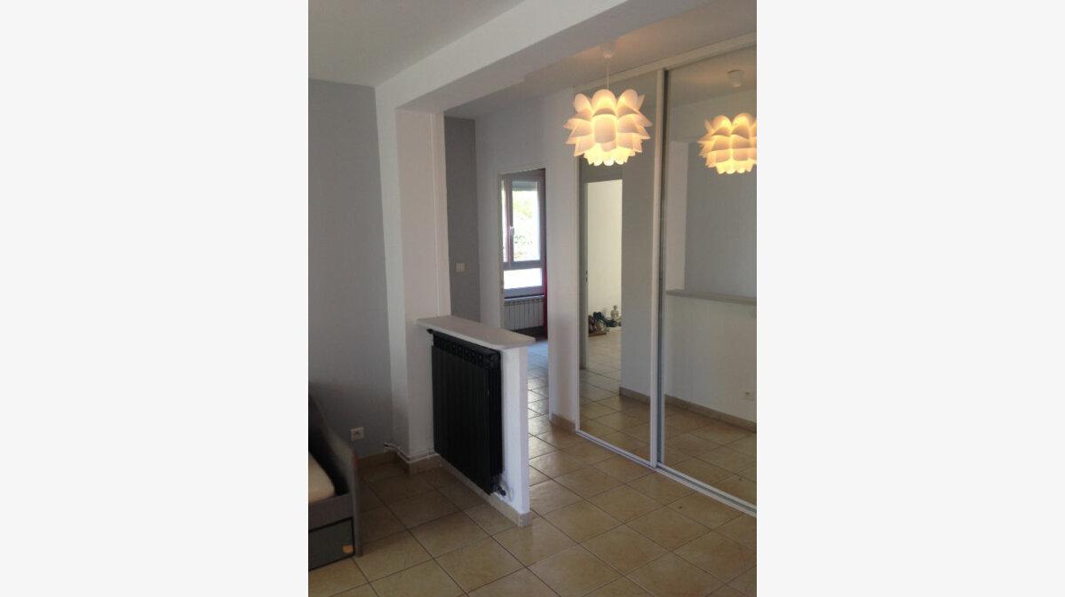 Achat Appartement 4 pièces à La Ciotat - vignette-3